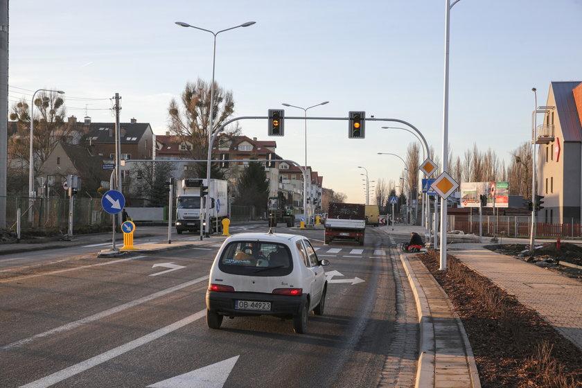 Światła na skrzyżowaniu Zwycięskiej, Agrestowej i Obrońców Poczty Gdańskiej
