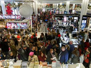 U.S.-NEW YORK-BLACK FRIDAY-SHOPPING