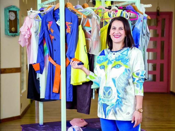 Iza sve traženijih haljina stoji njeno ime :Maja iz Čačka osmislila modni biznis kojim osvaja svet