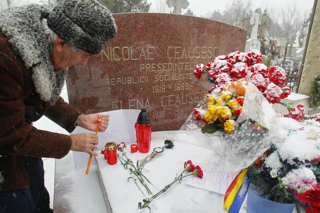Njihov grob i danas posećuju nekadašnje pristalice ovog režima