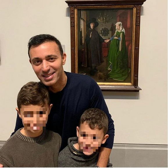 Mustafa Sandal sa sinovima