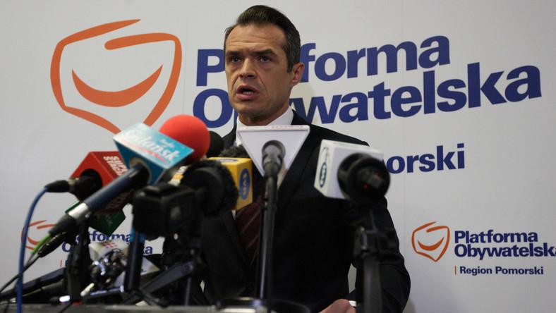 Były minister Nowak w prokuraturze. Tłumaczy się z zegarka