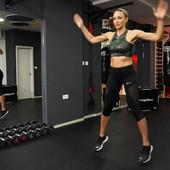 Maja nam je pokazala vežbe koje traju JEDAN MINUT i posle kojih će vam telo biti zategnuto