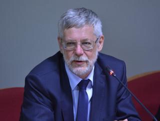 Wiceminister energii: Branża wiatrowa prowadzi czarny PR. Nie chcemy już finansować jednego rodzaju OZE