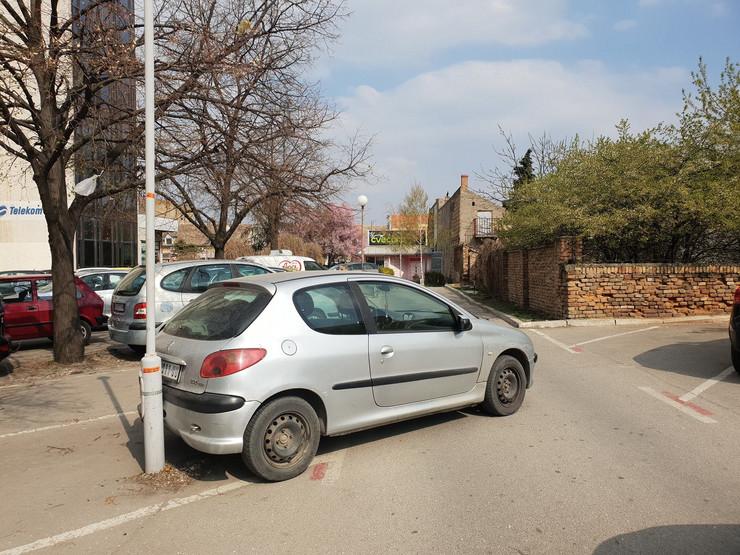 bahato parkiranje