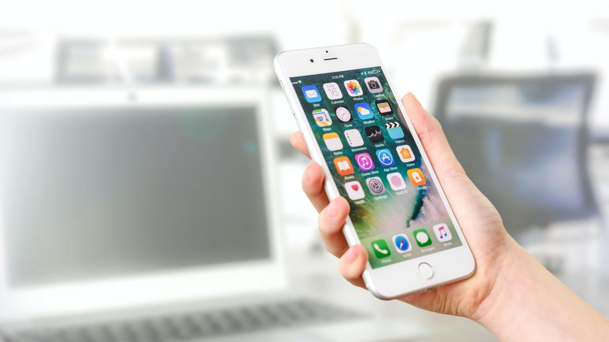 Jön a védettséget igazoló alkalmazás újabb verziója: mutatjuk, milyen funkciókkal frissül a digitális igazolvány