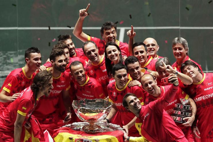 Teniska reprezentacija Španije