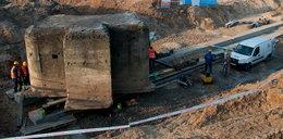 Nie do wiary! Jak oni przesunęli 180-tonowy bunkier?