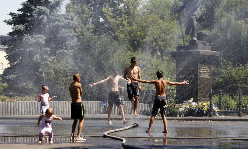 Czy latem przyjdą do Polski upały?