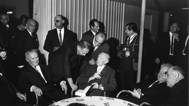 Konrad Adenauer i Dawid Ben Gurion w Tel Aviwie w 1966 r., fot. Bundesarchiv CC BY-SA 3.0 de