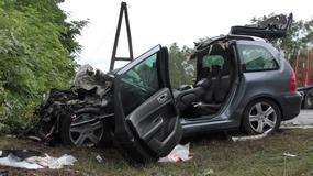 """Wypadek na """"trasie śmierci"""". Kierowca nie żyje"""
