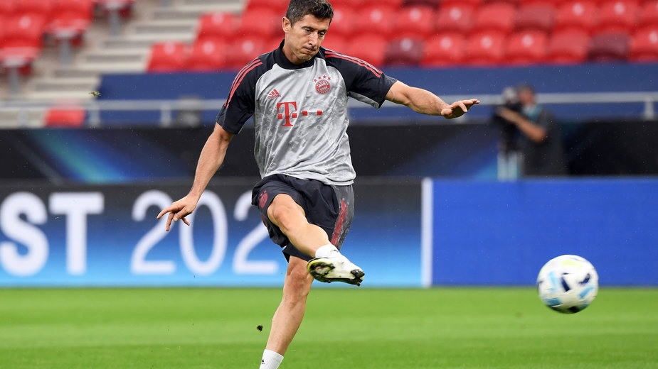 epa08691412 - HUNGARY SOCCER UEFA SUPER CUP (Bayern Munich training)