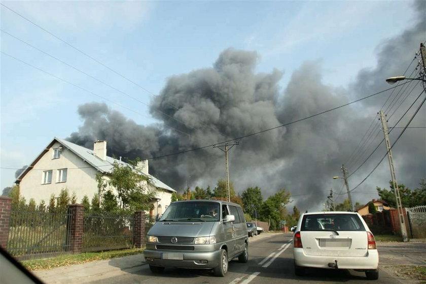 Toksyczny dym pod Warszawą. Wielki pożar w Legionowie