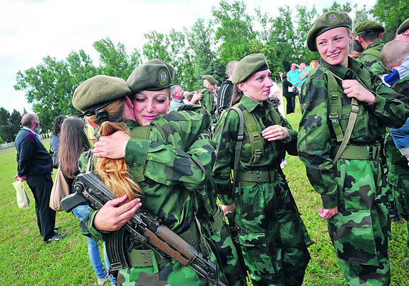 Da li će i žene morati da idu na vojnu obuku?
