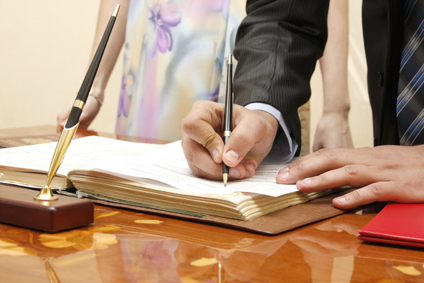 Ustrój rozdzielności majątkowej może powstać też w wyniku wydania przez sąd wyroku ustanawiającego rozdzielność majątkową.