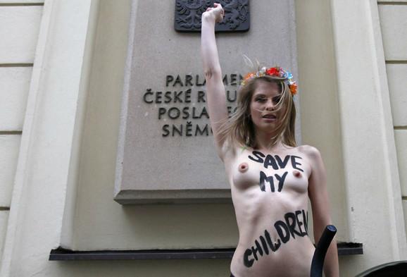 poljski mama porno TV emisije s gay seksom