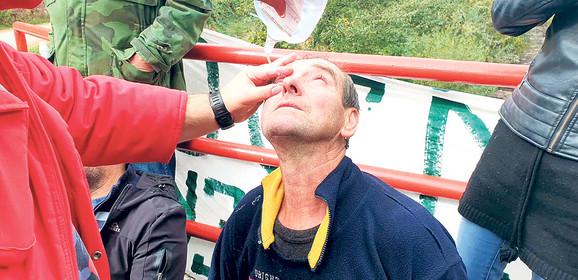 Sukob je nastao kada su radnici iobezbeđenje prišli parceli koju su pokušali da ograde i stave tablu