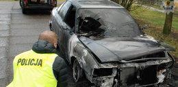 Groził sąsiadowi śmiercią, w końcu podpalił jego auto