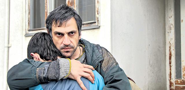 Goran Bogdan u filmu Otac