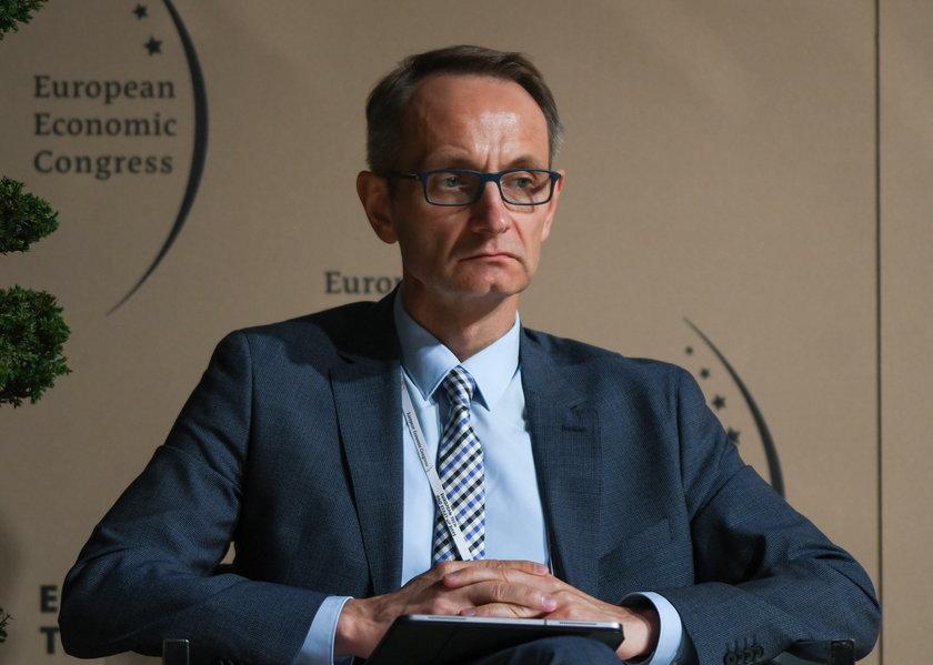Polski system ochrony zdrowia nie wytrzyma pandemii? Ekspert nie ma wątpliwości