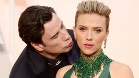 John Travolta lepi się do gwiazd na Oscarach!