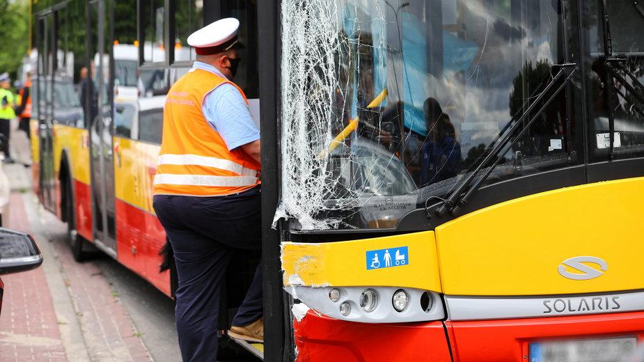 Autobus został zniszczony w wypadku