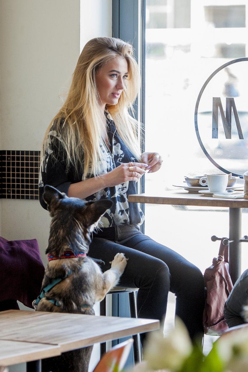 Marcelina Zawadzka z psem