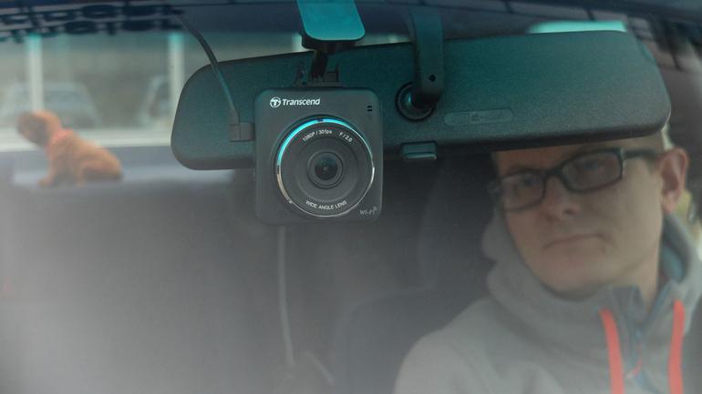 Dlaczego warto w aucie wozić kamerkę?