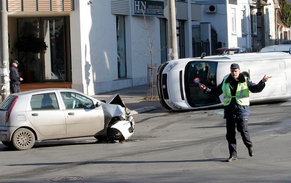 Vožnja pod dejstvom alkohola je čest uzrok saobraćajnih nesreća
