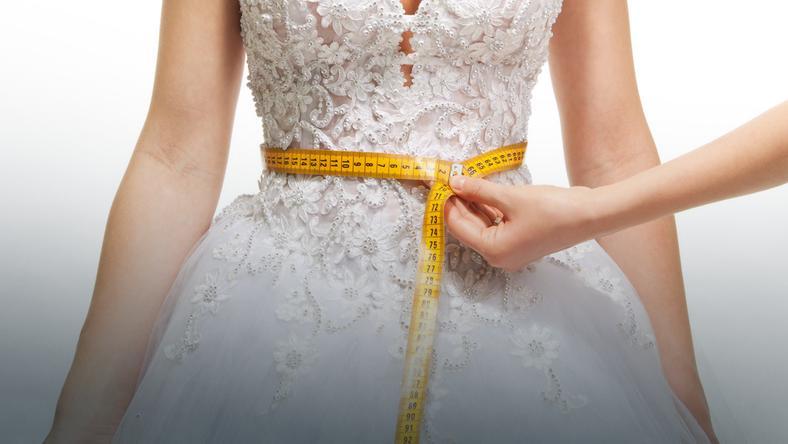 1b480bd425 Suknia ślubna - jak wybrać tę