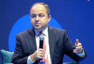 Szymański: Myślę, że środki na KPO trafią do Polski przed końcem roku