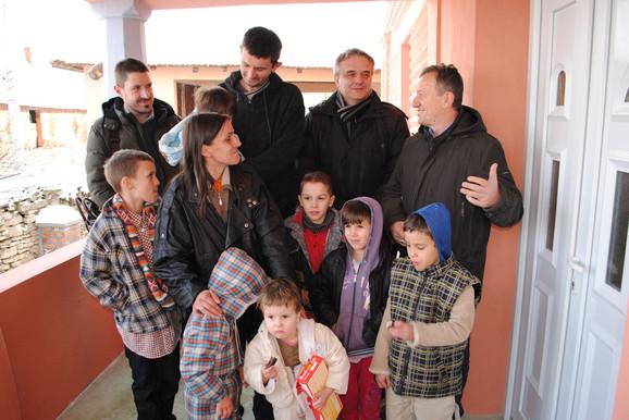 Markoviće je u novu kuću uselio popularni voditelj RTS