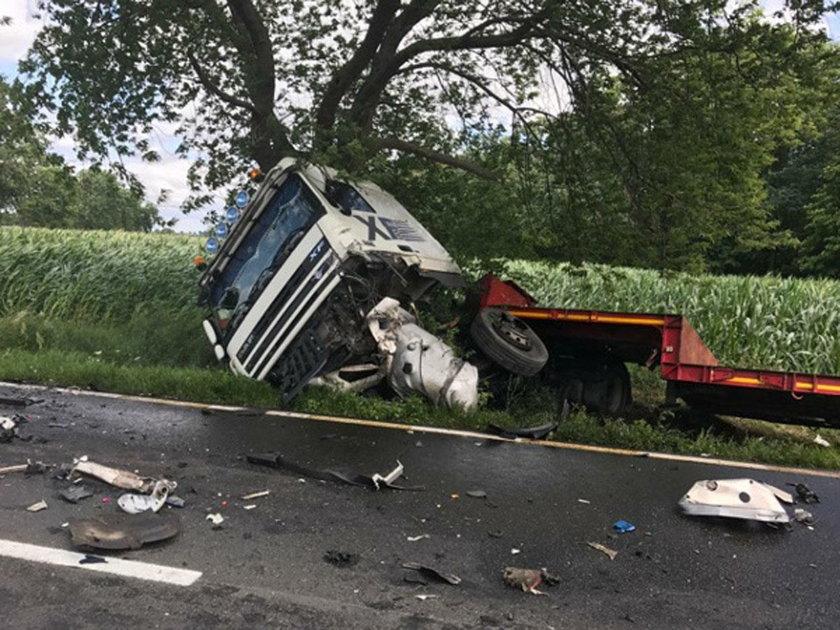 Śmiertelny wypadek na prostej drodze. Zginął 34-latek