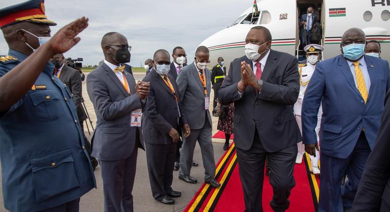 Uhuru arrives in Uganda for Museveni's Swearing in