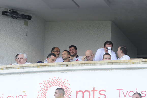 Zoran Mirković posmatrao meč sa tribina