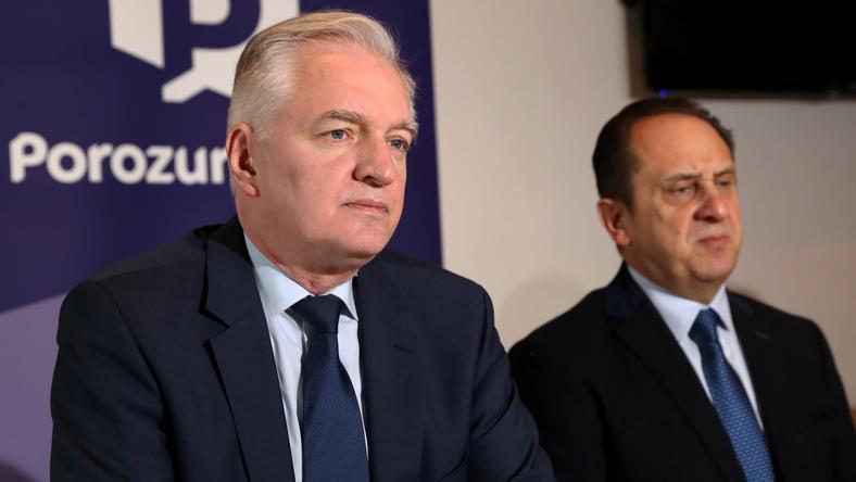 Uchwała rady politycznej PiS jest wymierzona w Jarosława Gowina i polityków, którzy przeszli do jego partii z PiS