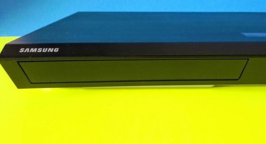 Samsung UBD-M7500/ZG im Test: 4K/UHD-Absturz-Player