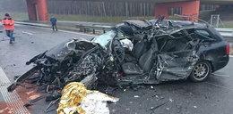 Audi wbiło się pod tira. 27-latka zginęła na miejscu