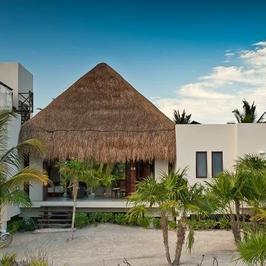 Kora na wakacjach: wynajęła dom za 20 tysięcy dolarów