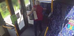 Wystarczyła sekunda, żeby stracić torebkę. Teraz policja szuka tej kobiety [NAGRANIE]