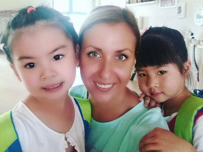 Iz Bele Crkve sam otišla u Kinu da deci predajem engleski. Evo da li sam se pokajala