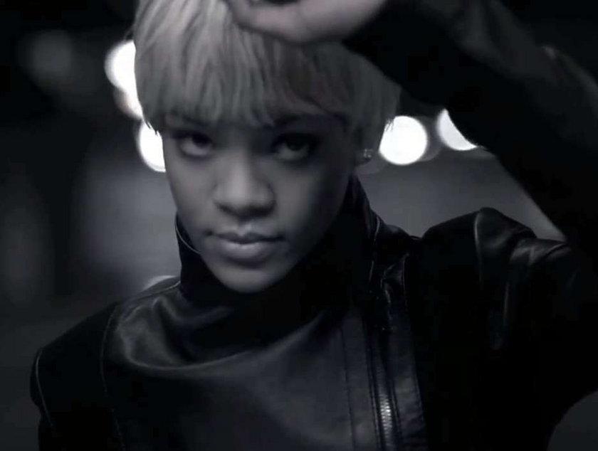 Najbardziej seksowne reklamy 2011 - Rihanna - Emporio Armani