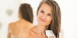 Jak prawidłowo pielęgnować i dbać o skórę głowy?