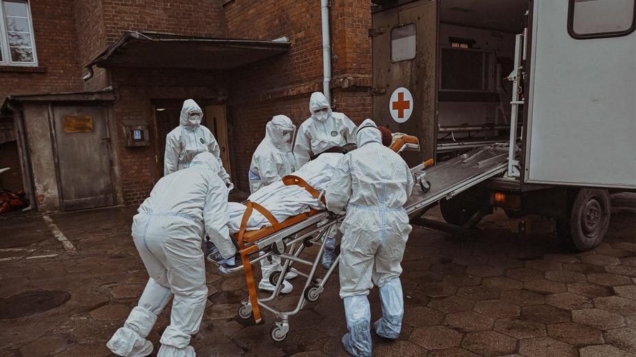 Ewakuacja pacjentów ze szpitala w Skwierzynie
