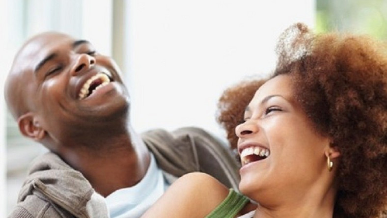 Love and sex 10 body language signs of attraction - Pulse Ghana