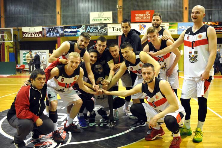Košarkaška Liga Srbije Sloboda Posle Drame Pobedila Mladost