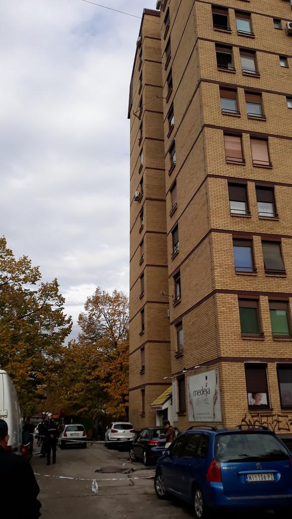 Tragedija u Nišu, dečak pao sa 12. sprata zgrade
