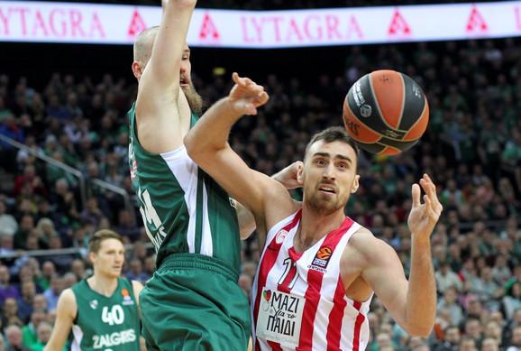 Nikola Milutinov protiv Panatinaikosa