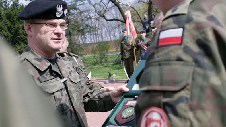 Gen. Waldemar Skrzypczak jeszcze jako dowódca Wojsk Lądowych