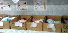 Koszmar na porodówce. Tak traktowali noworodki
